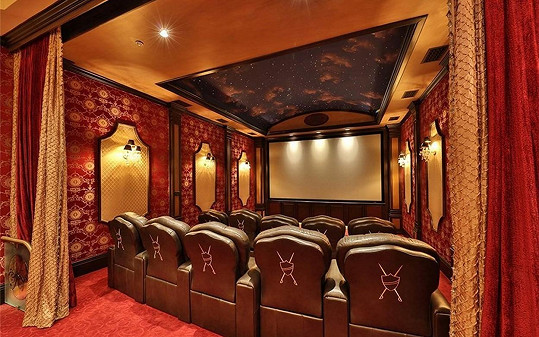 Privátní kinosál