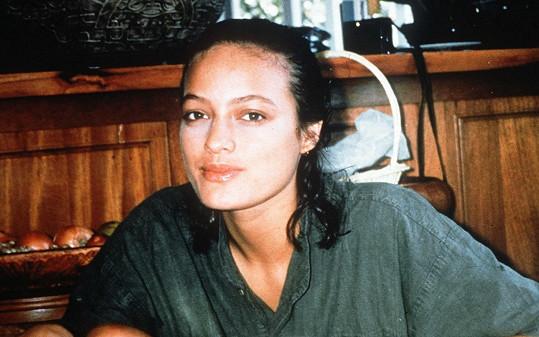 Cheyenne spáchala v pětadvaceti letech sebevraždu oběšením.