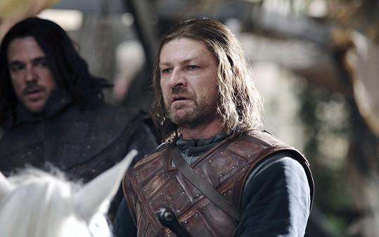 Jako Nedu Starkovi ve Hře o trůny mu uťali hlavu.