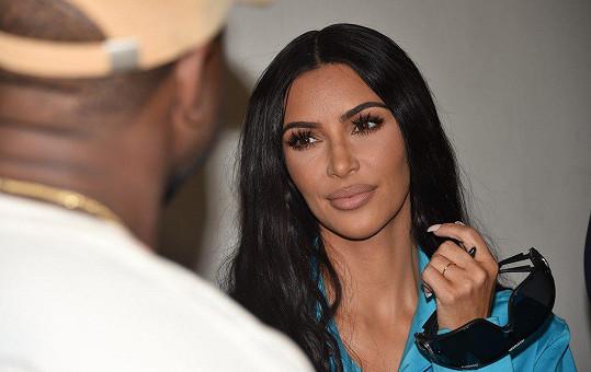 Kim přísahala, že ji do Paříže jen tak někdo nedostane.