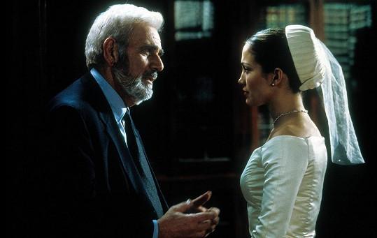 V komedii Svatby podle Mary s Jennifer Lopez