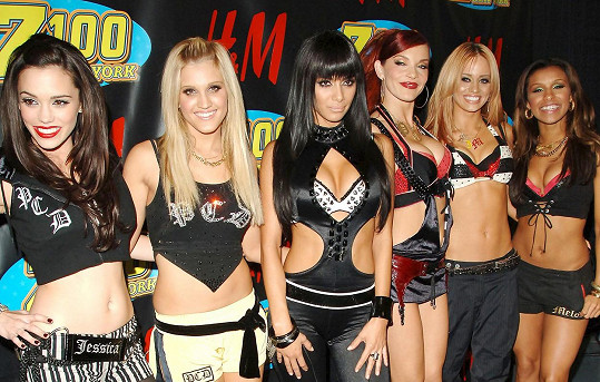 V roce 2006, v době jejich největší slávy, Melody Thornton (úplně vpravo) se k loňskému comebacku nepřipojila.