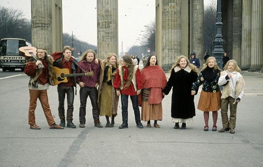 The Kelly Family v 90. letech, která pro kapelu byla mimořádně úspěšná.