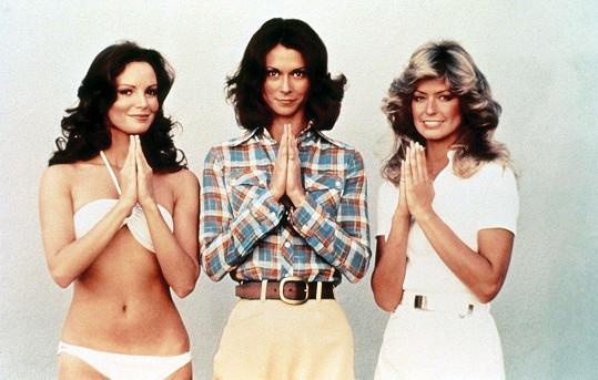 Původní seriálová sestava Charlieho andílků: Jaclyn Smith, Kate Jackson, a Farrah Fawcett (zleva)