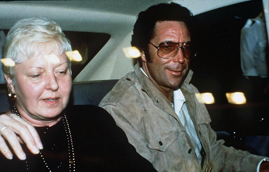 Tom Jones s manželkou Melindou v roce 1987