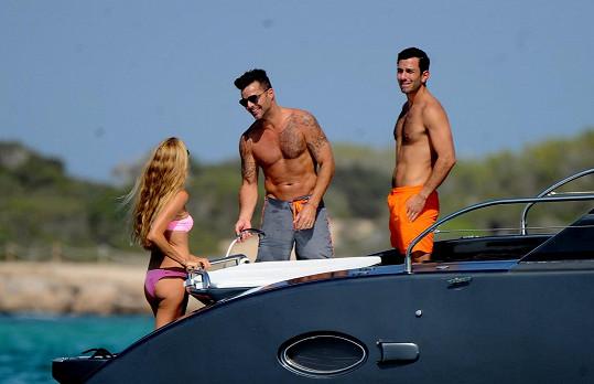 Ricky Martin se pořád udržuje v bezvadné kondici.