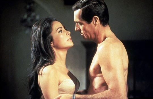 Karin Dor v Hitchcockově filmu Topaz (1969)