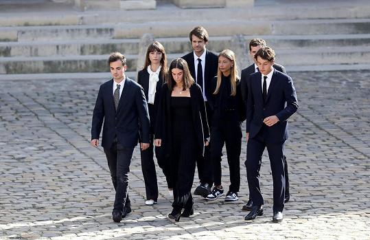 S bratry a dalšími členy rodiny v pařížské Invalidovně.