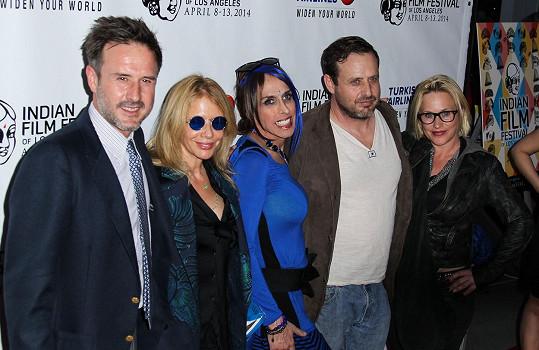 Alexis se svými sourozenci Davidem, Rosannou, Richmondem a Patricií (zleva).