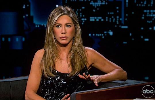 Jennifer Aniston promluvila o natáčení speciálu Přátelé: Zase spolu.