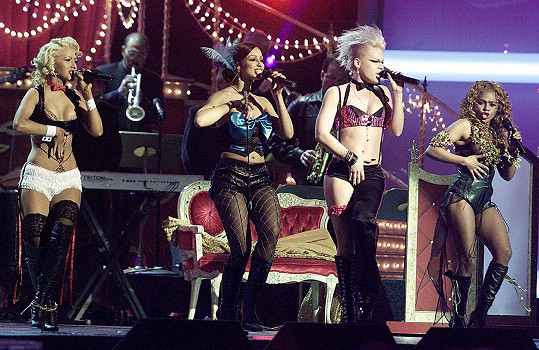 Na vrcholu byla Lil Kim (vpravo) koncem minulého století i díky spolupráci s kolegyněmi na hitu Lady Marmelade.