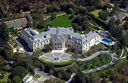 Do druhé nejdražší nemovitosti v USA se prý zamilovala britská rodinka Beckhamových. Skutečně si ji pořídí?