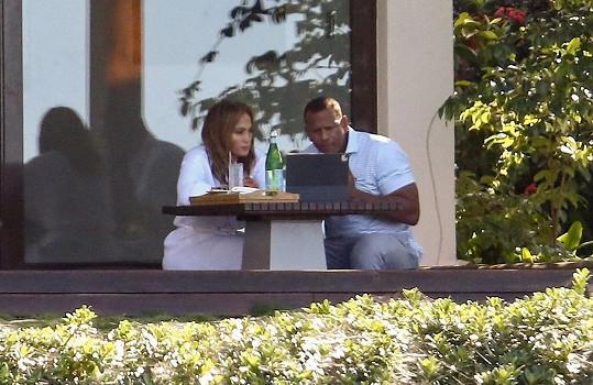 Jennifer Lopez a Alex Rodriguez slepují vztah v Dominikánské republice.