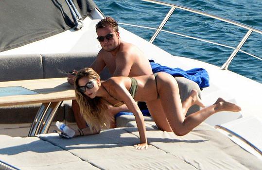 Mario Götze a Ann-Kathrin Brommel si užívají dovolenou na jachtě.
