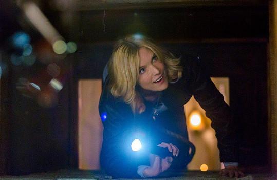 Loni si zahrála ve filmu Past Malice: An Emma Fielding Mystery