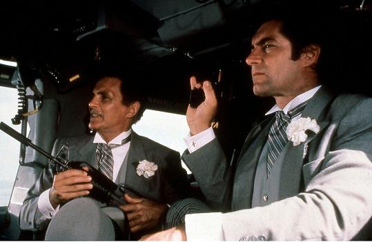 S Timothym Daltonem ve filmu Povolení zabíjet (1989)