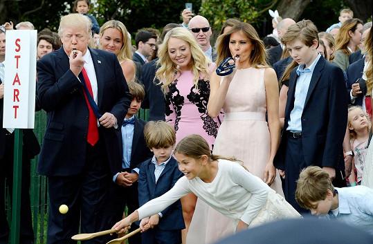 Zábavy se zúčastnil i její manžel Donald.