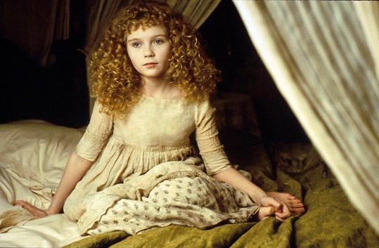 Kirsten Dunst si už jako malá holka v roce 1994 zahrála malou upírku ve filmu Interview s upírem.
