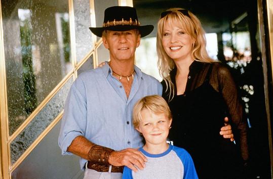 Jako Krokodýl Dundee s Lindou Kozlowski a jejich synem v roce 2001