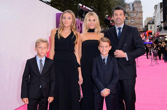 Patrick Dempsey vzal na premiéru filmu Dítě Bridget Jonesové celou rodinu.