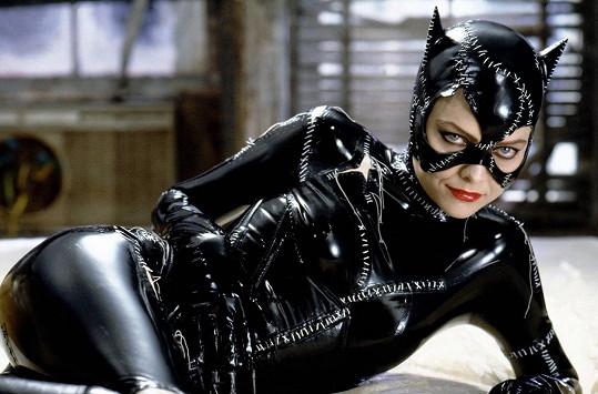 Herečka patří mezi hollywoodské sexsymboly, na snímku jako Catwoman v Batman se vrací.