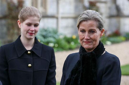S dcerou Louise před Královskou kaplí Všech svatých