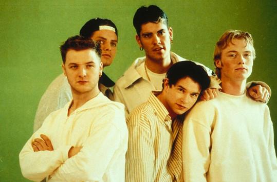 Keating (úplně vpravo) se proslavil v kapele Boyzone.