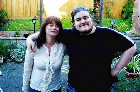 Ve dvaadvaceti vážil ještě 165 kilo.