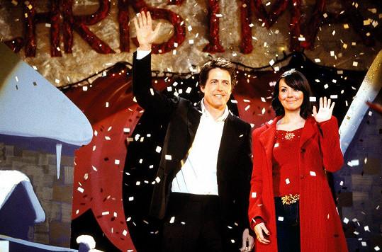 Martine McCutcheon s Hughem Grantem ve filmu Láska nebeská (2003)
