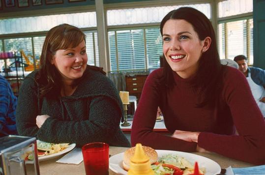 Lauren Graham a Melissa McCarthy, seriálové kamarádky a kolegyně Lorelai a Sookie