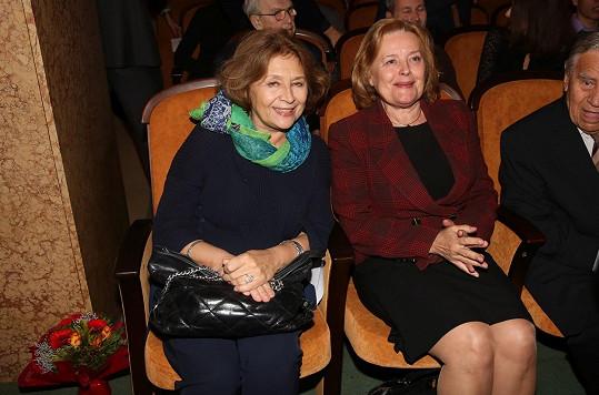Emília Vášáryová a její sestra Magda Vášáryová na předávání Cen Příběhů bezpráví