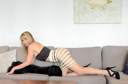 Rena Riffel je i coby padesátnice velmi atraktivní.