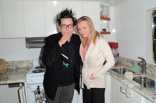 Herec měl poměr s pornoherečkou Bree Olson, která prý o nákaze nevěděla.