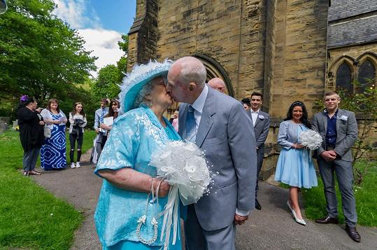 Colin Dunn a Sally Smith do toho praštili po 44 letech vztahu.