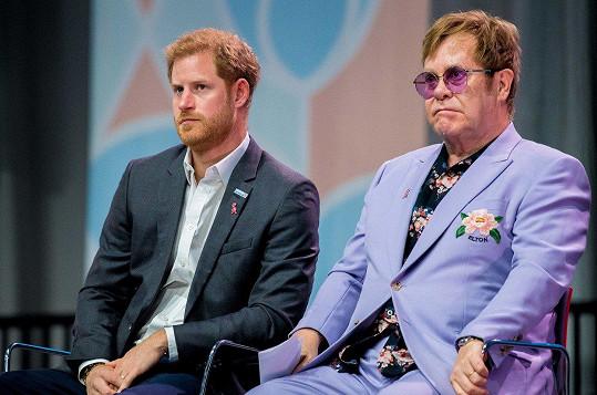 Harryho pojí s Eltonem Johnem charitativní aktivity.