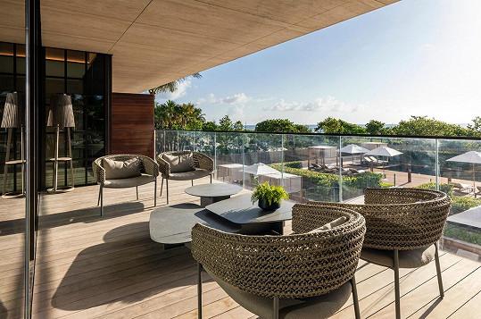 Italský architekt Antonio Citterio vybavil každý byt terasami.