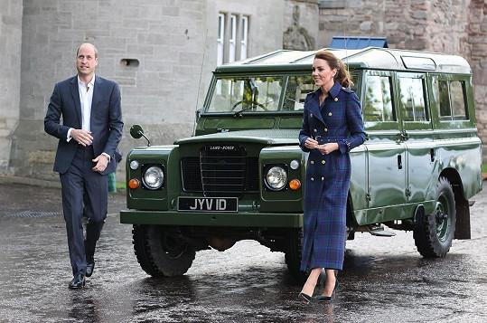 Land Rover patřil nedávno zesnulému princi Philipovi.