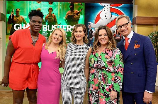 Leslie s kolegy z remaku Krotitelů duchů