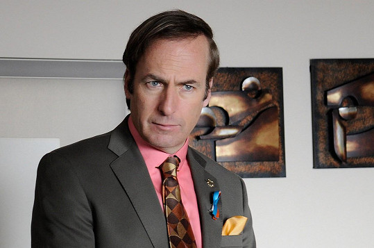 Právníka Saula si zahrál i Perníkovém tátovi.