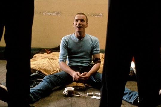 Ewan McGregor, na snímku ve filmu Trainspotting z roku 1996, má vedle Clary a Esther další dvě dcery, sedmnáctiletou Jamyah a sedmiletou Anouk.