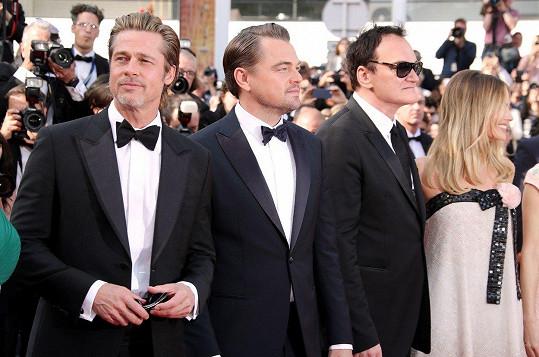 DiCaprio s kolegy z filmu Tenkrát v Hollywoodu