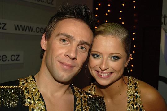 Vítězové první řady StarDance Roman Vojtek a Kristýna Coufalová. Psal se rok 2006.