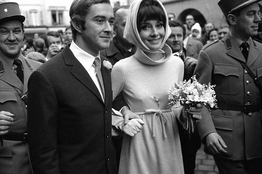 Druhým manželem byl Andrea Dotti. Vzali se v roce 1969.