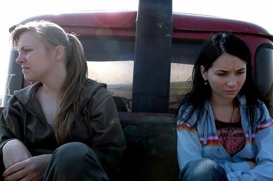S kolegyní Petrou Nesvačilovou ve filmu Pusinky (2007).