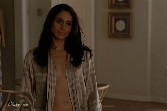 V seriálu se ukázala bez podprsenky.