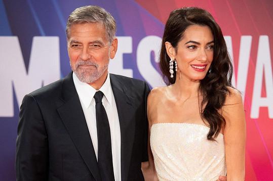 George a Amal byli opět nejkrásnějším párem premiéry.