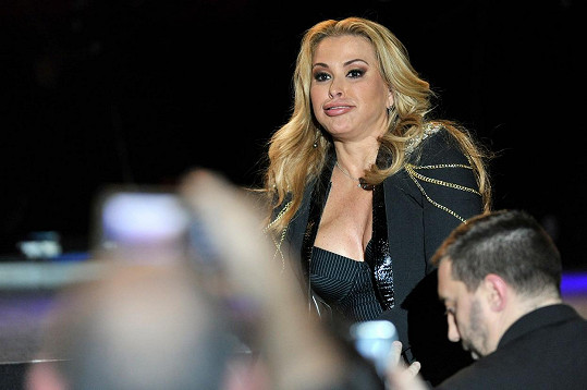 Anastacia během koncertu v italské Padově