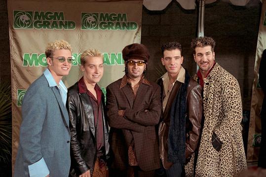 Lance (druhý zleva) s kolegy z kapely ´N Sync
