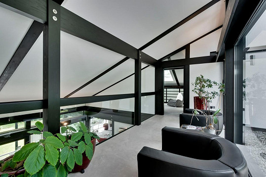 Líbilo by se vám bydlet v tomto anglickém domě slavného herce?