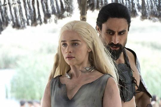 Emilia Clarke v šesté řadě Hry o trůny.